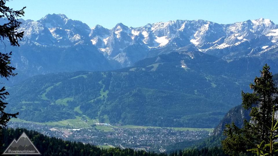 Garmisch-Partenkirchen mit Wetterstein